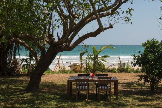 tangalle-II-srilanka-house02-675x450.jpg
