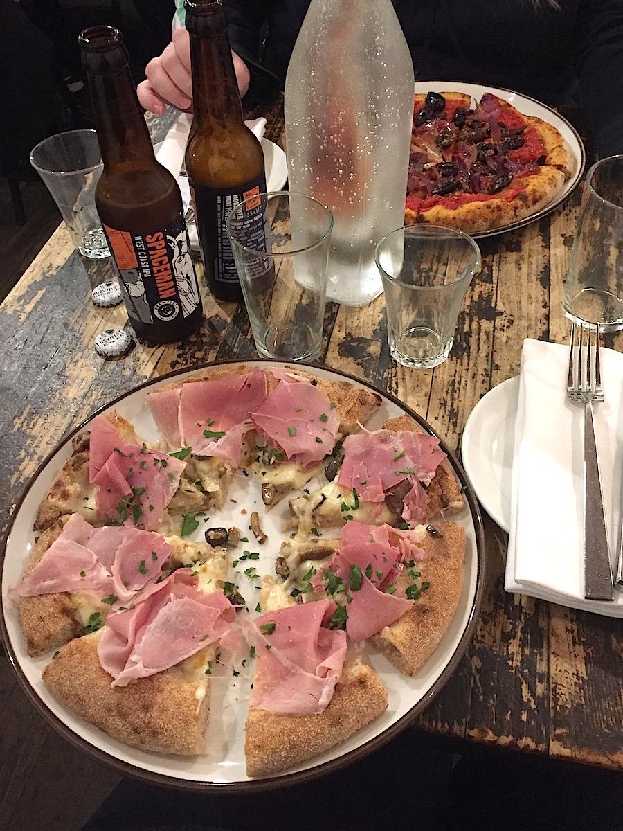 hoiberlin-florenz-staedteguide-pizzeria-2.JPG