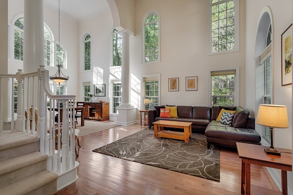 Open room with tall ceilings