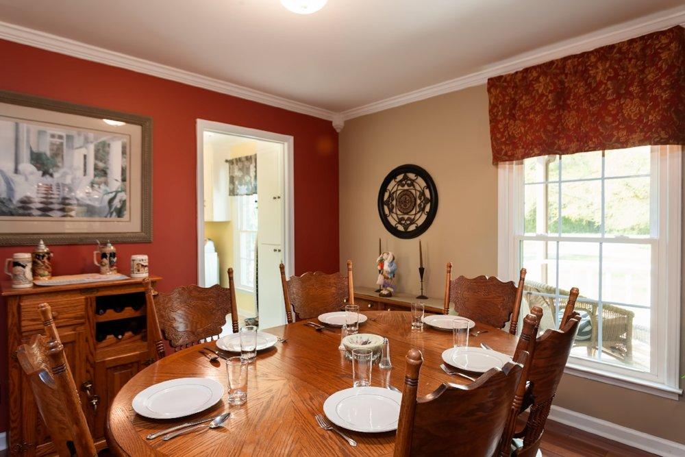 dining-room-old-silverware.jpg