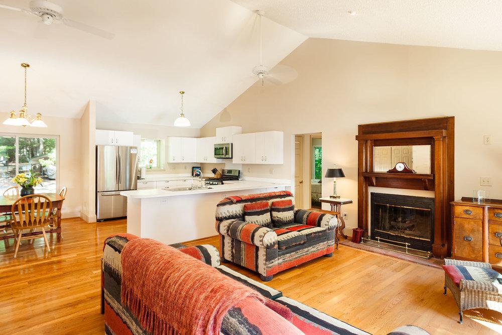 living-room-3.jpg