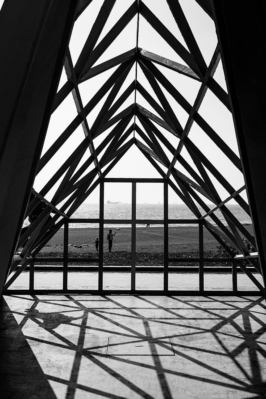 BW-triangle-shapes.jpg