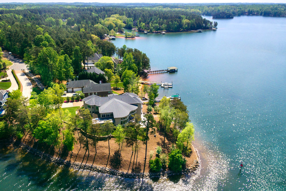 Show them with aerial visuals so they can see how close amenities are to the property. Here, a restaurant and a community pool were the highlights the realtor wanted to accentuate.