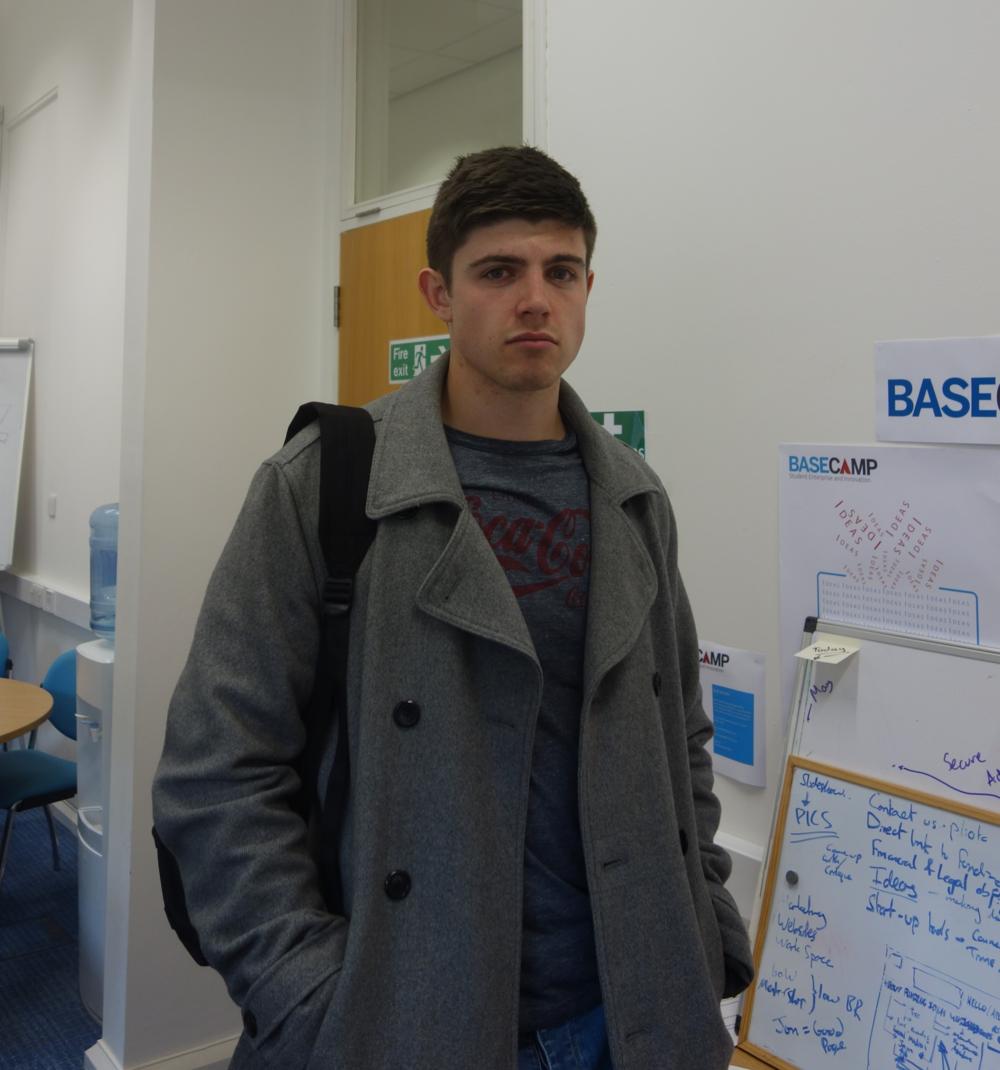 Ben is struggling in 3rd - £0 for Ben. He is sad