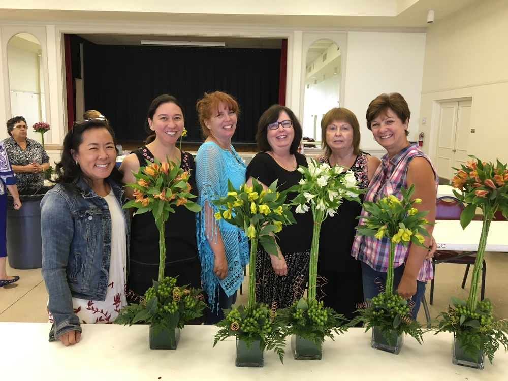 On July 6, a few of the club members got together to learn about flower arranging at the Tampa Garden Club. Moonlight Garden Club President Cassie supplied the flowers and the luncheon.
