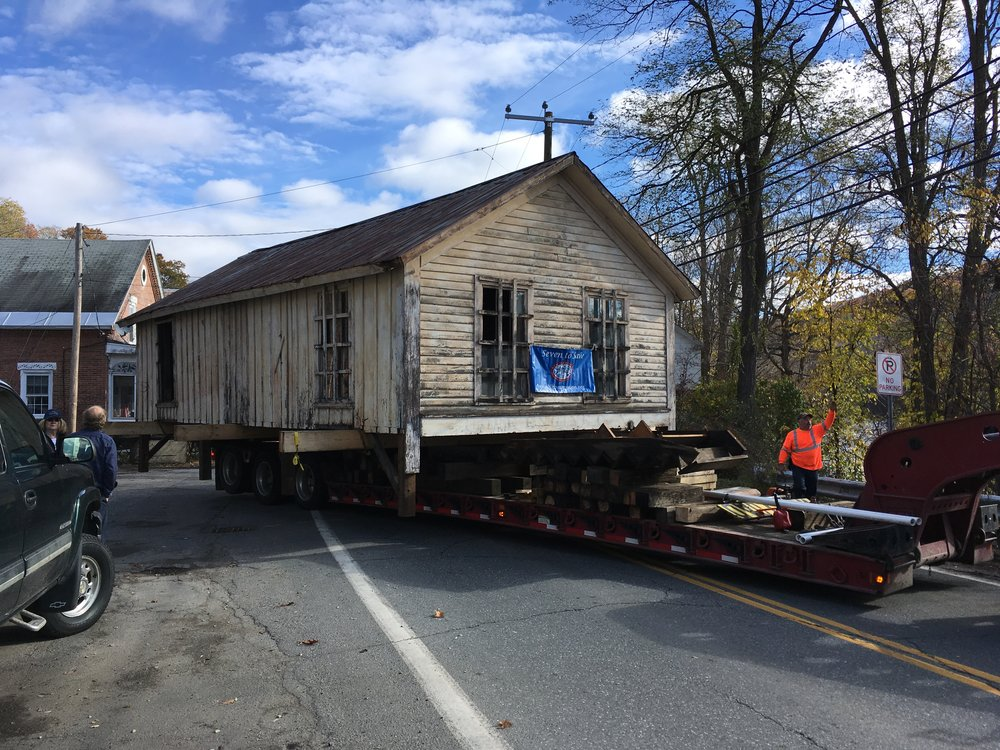 Hinsdale's Hope Engine House on moving day