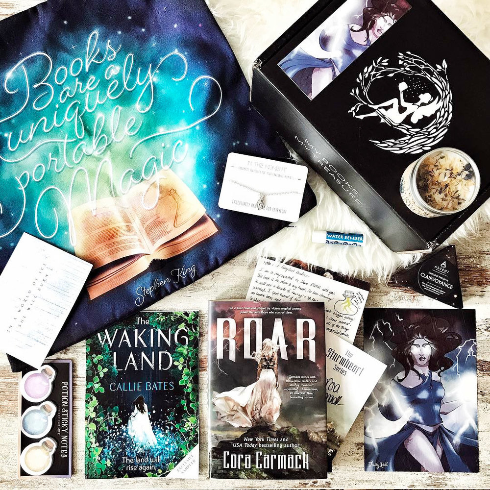 ELEMENTALISTS - JUNE 2017IMAGE BY @WINGEDBOOKSRoar by Cora CarmackSigned bookplate and author letterExclusive FairyScoop with author interviewExclusive Stormheart Candle (Witchwood Remedies)Exclusive Uniquely Portable Pillowcase (Miss Phi)Exclusive Potion Sticky Notes (FairyLoot)Exclusive Bender Lip Balm (Geeky Clean)Exclusive Clairvoyance Soap (Ascent Bath and Body)Exclusive Hamsa Hand Bracelet (In The Moment)Bonus item: The Waking Land samplerWATCH TRINA'S UNBOXING →