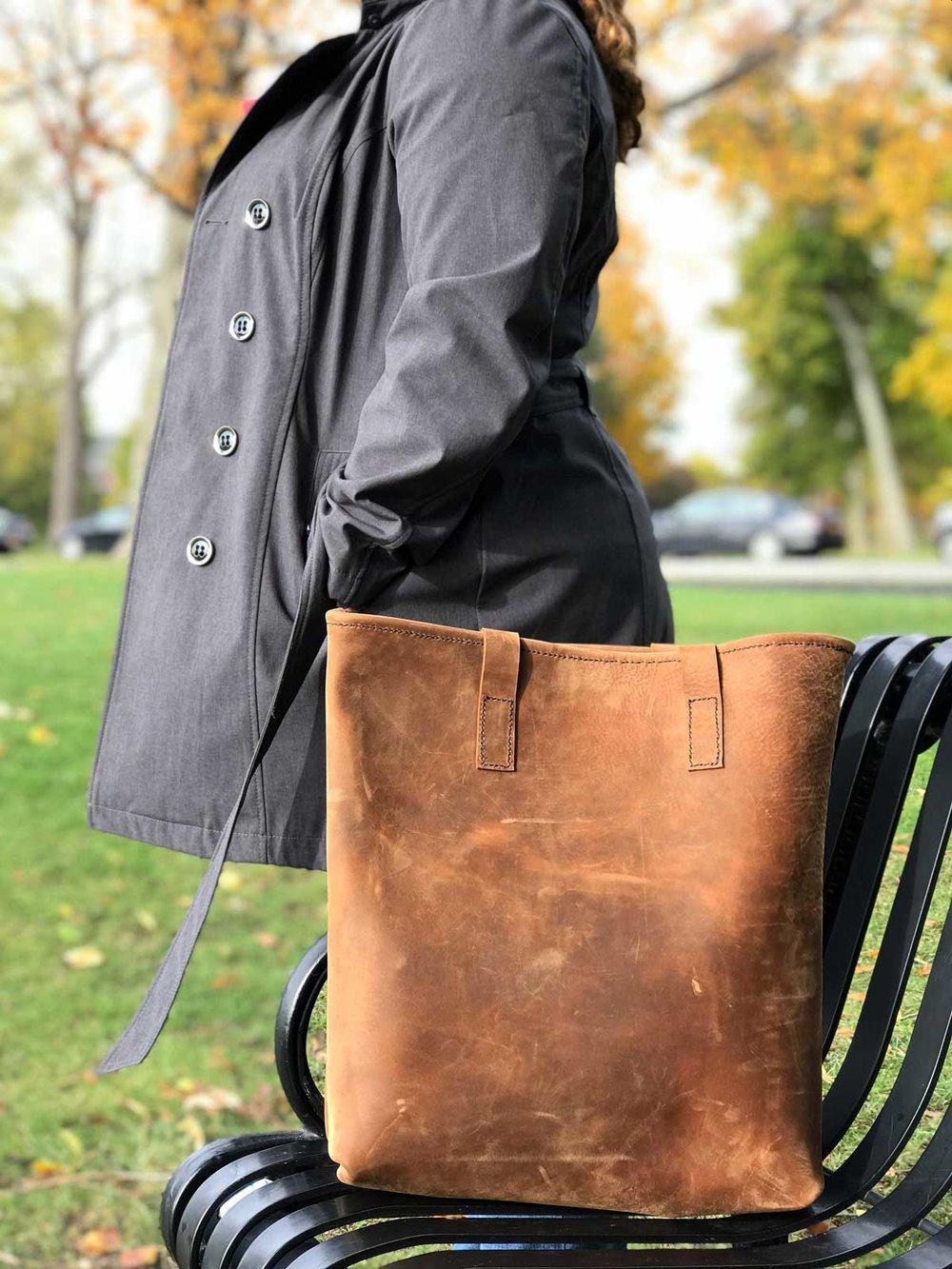 Leather-Bag-01.jpg