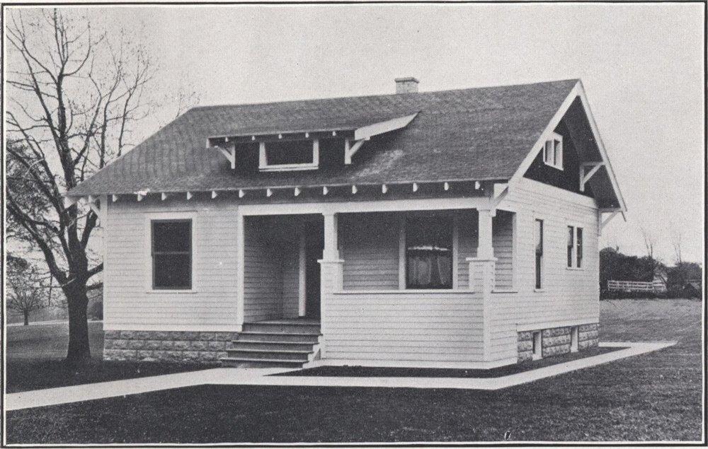 Bennett_better-built,_ready-cut_homes,_catalog_no._21_(1922)_(14774275475).jpg