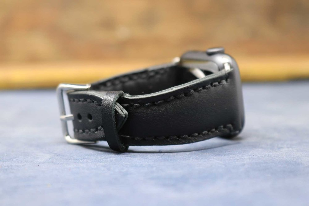 01-Watch-Strap-Black-Modern-03.jpg