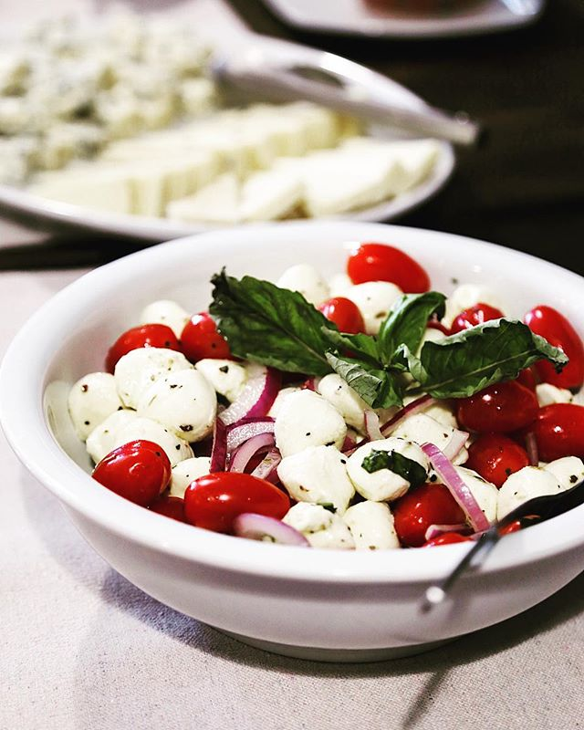 APK // 6 of 9 // @alfredosparadisokitchen - Mozzarella, tomato, and basil - the combo is never disappointing, and always appealing. Let's make it its own food group already, am I right?! #alfredosparadisokitchen #ribboncutting #opening