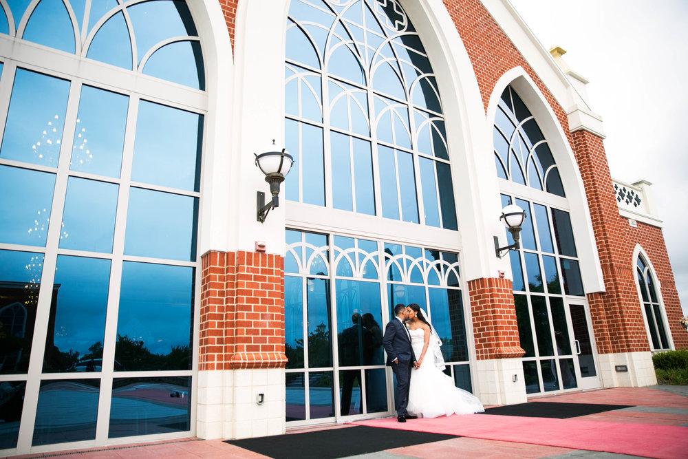 Wedding_Photography_DC_Inner_Harbor_Yael_APachino_Photography_Philadelphia_Photogarpher.jpg