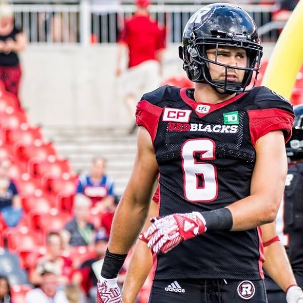 Ancien du @maraudeurs_collegelaval @24pruneau6 will be coaching at Ky Hebert's Football Camp with the greatest of the Redblacks. You don't want to miss this camp. Sign up TODAY!!