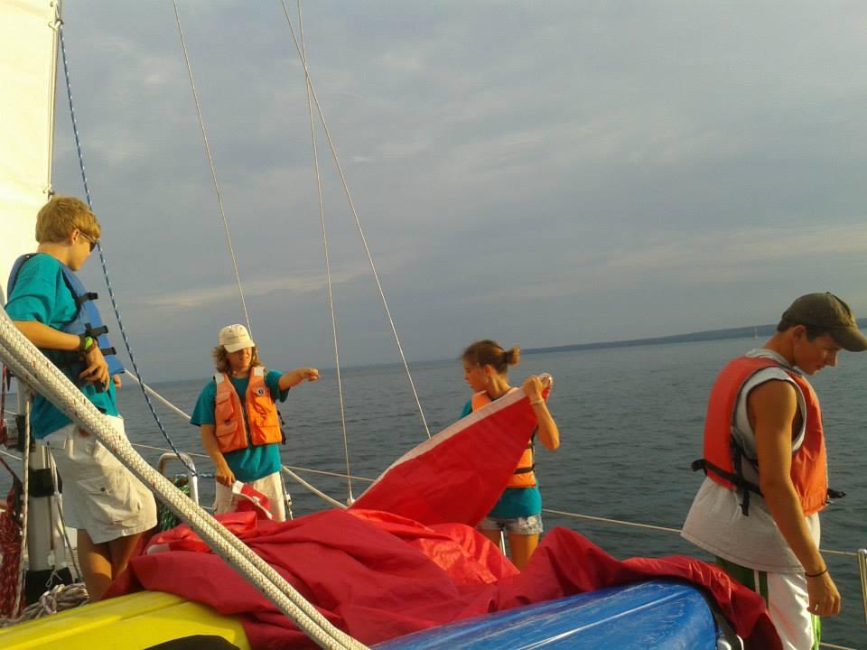 putting up sail 2.jpg