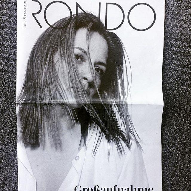 New RONDO Magazine by our Wanderer Stephan Hilpold  #Repost @hilpold_im_anzug ・・・ Eine Lieblingsschauspielerin: Martina Gedeck morgen im RONDO #martinagedeck #stefanarmbruster #janegarber #marlenhaushofer #berlin #wirtoetenstella