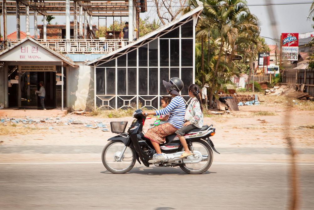 Motopeds_Cambodia-12.jpg