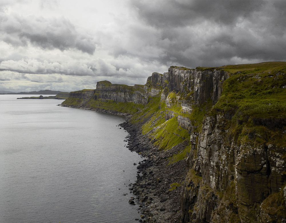 Scotland_IsleOfSkye_KiltRock2.jpg