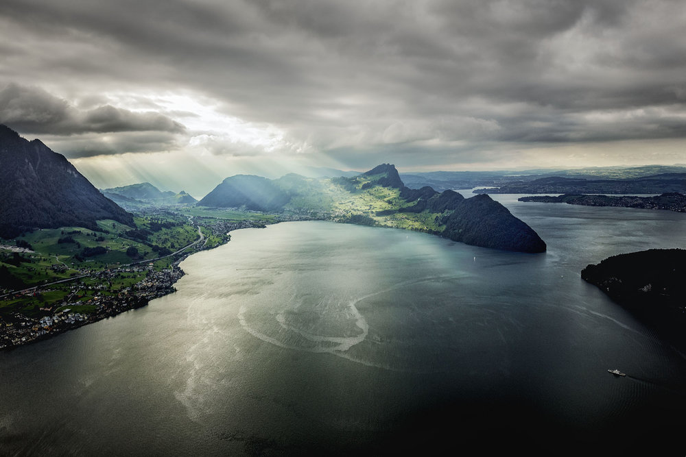 Vierwaldstättersee_Flug02 2.jpg