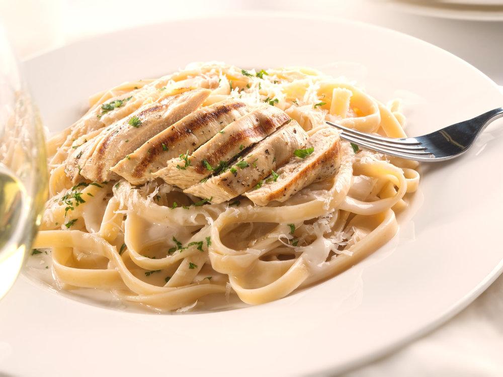 Fettuccine Alfredo Chicken