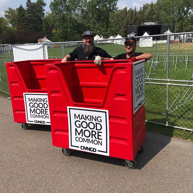 Bring your towels to @calgaryfolkfest & look for our red bins at Stage 2. You bring a towel, you get a button! They will be delivered to our friends next week as they have an urgent need at the @mustardseedyyc @calgarydropin and @freshstartrecoverycentre. Thank you to @locallaundry @playcityapp @forwardlevel for moving this forward too. 📸 by @terryandryo. #InItTogether #cfmf2018 #music #festival #yyc #donate #dogood #calgary #giveback #towels #poverty #enoughforall #moveforwardyyc #buttonsfortowels