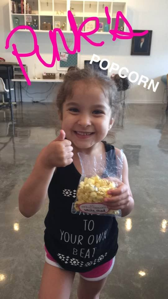 pinks popcorn gets a thumbs up