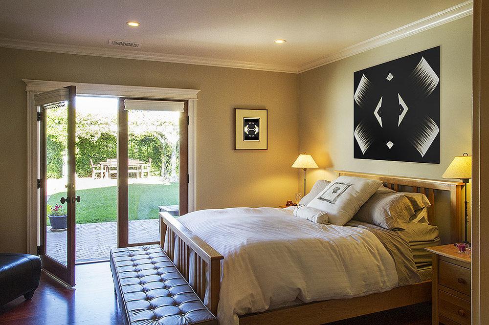 bedroom_small_prints.jpg