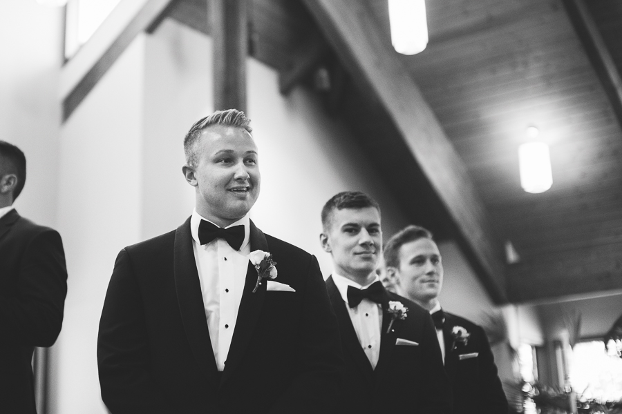 beckenridge-vineyard-oregon-wedding-highlights-4.jpg