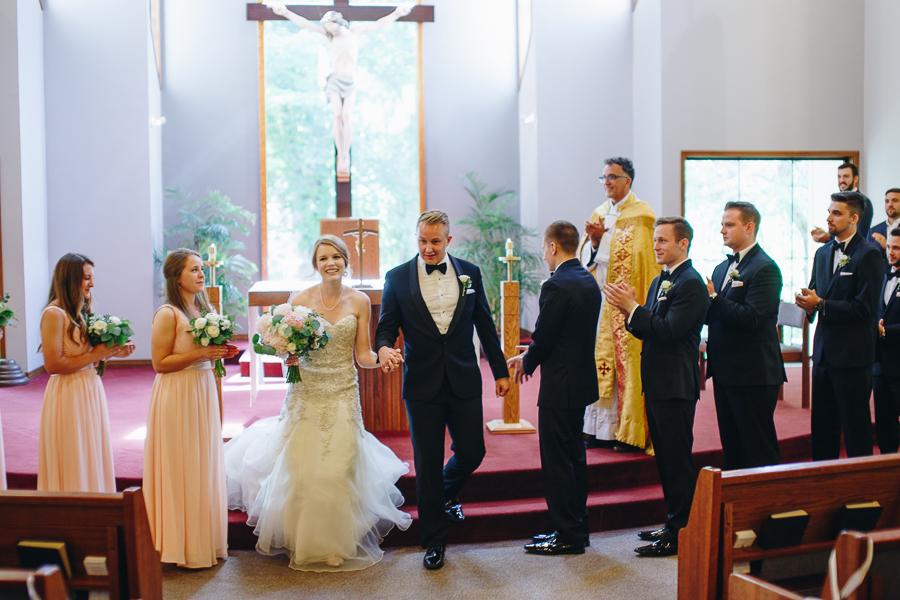 beckenridge-vineyard-oregon-wedding-highlights-6.jpg
