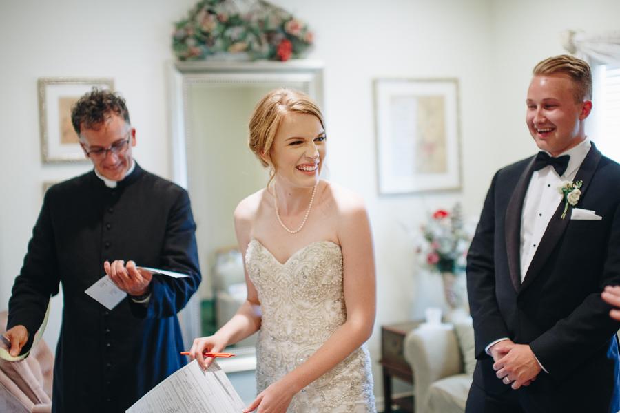 beckenridge-vineyard-oregon-wedding-highlights-9.jpg
