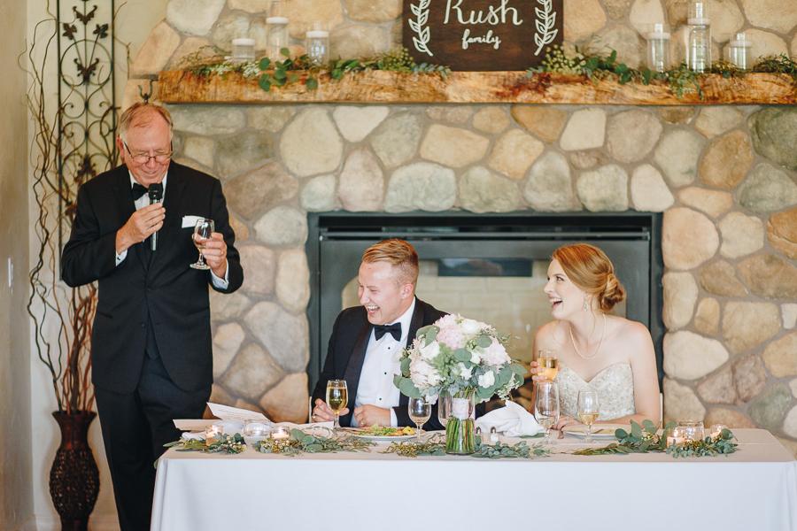 beckenridge-vineyard-oregon-wedding-highlights-10.jpg