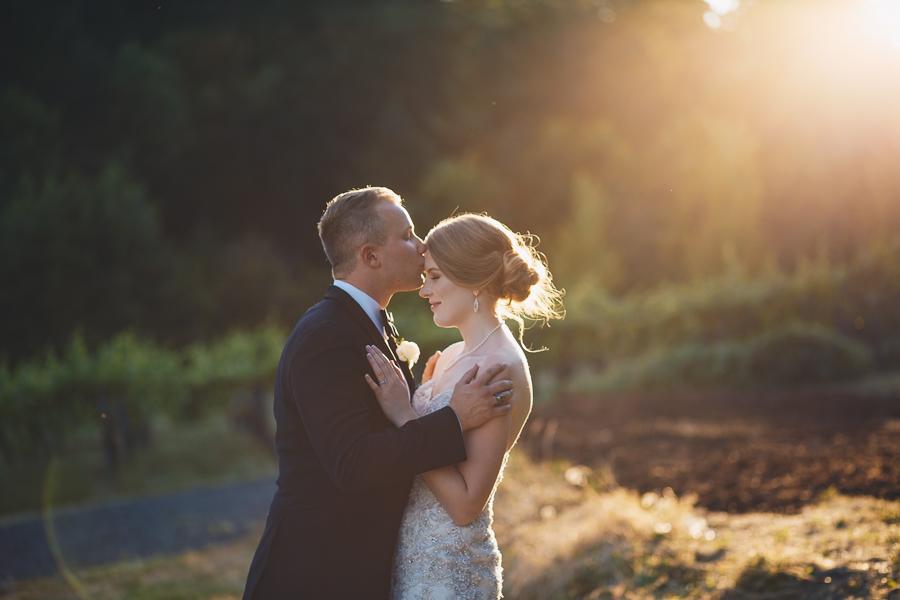 beckenridge-vineyard-oregon-wedding-highlights-15.jpg