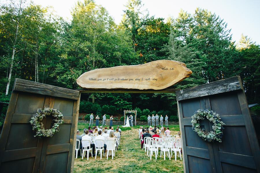 hornings-hideout-wedding-oregon-26.jpg
