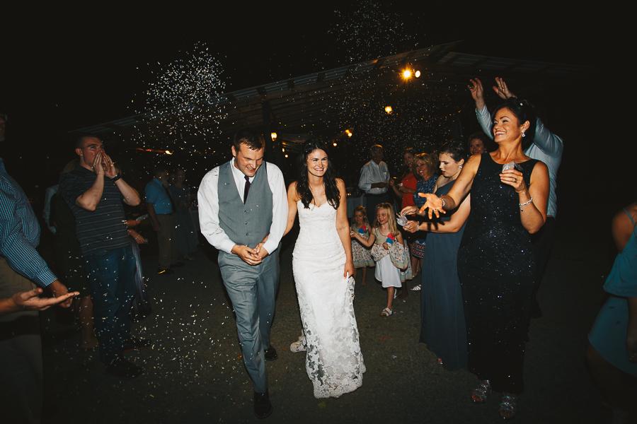 hornings-hideout-wedding-oregon-52.jpg