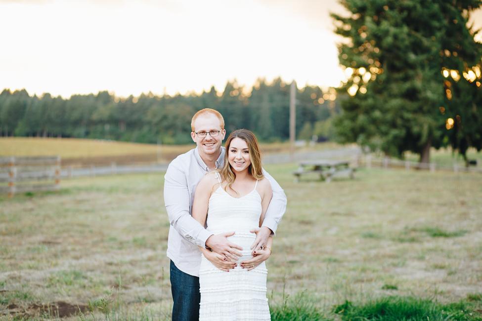 danielle-maternity-champoeg-oregon-blog-3.jpg