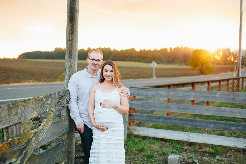 danielle-maternity-champoeg-oregon-blog-11.jpg