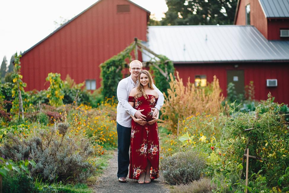danielle-maternity-champoeg-oregon-blog-22.jpg