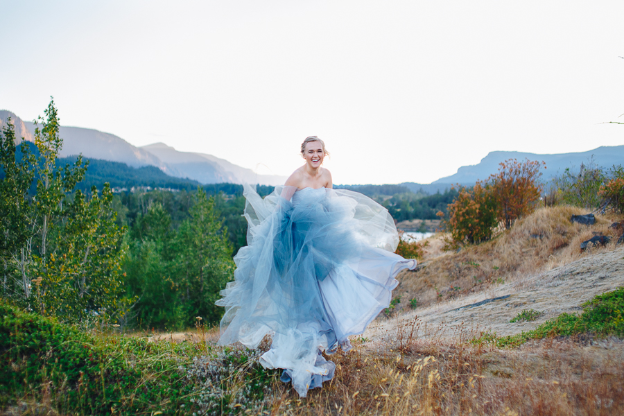 columbia-river-stylized-bridal-shoot-blog-5.jpg