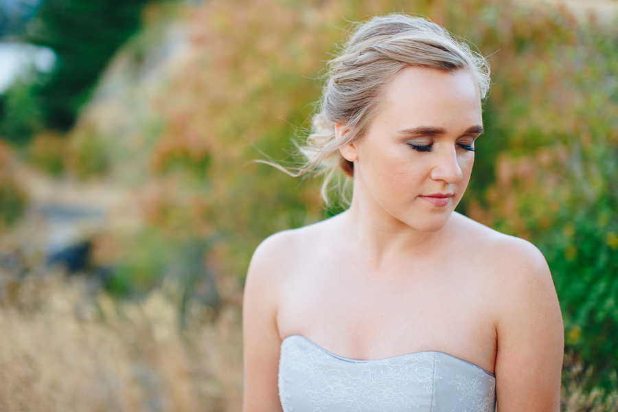 columbia-river-stylized-bridal-shoot-blog-27.jpg