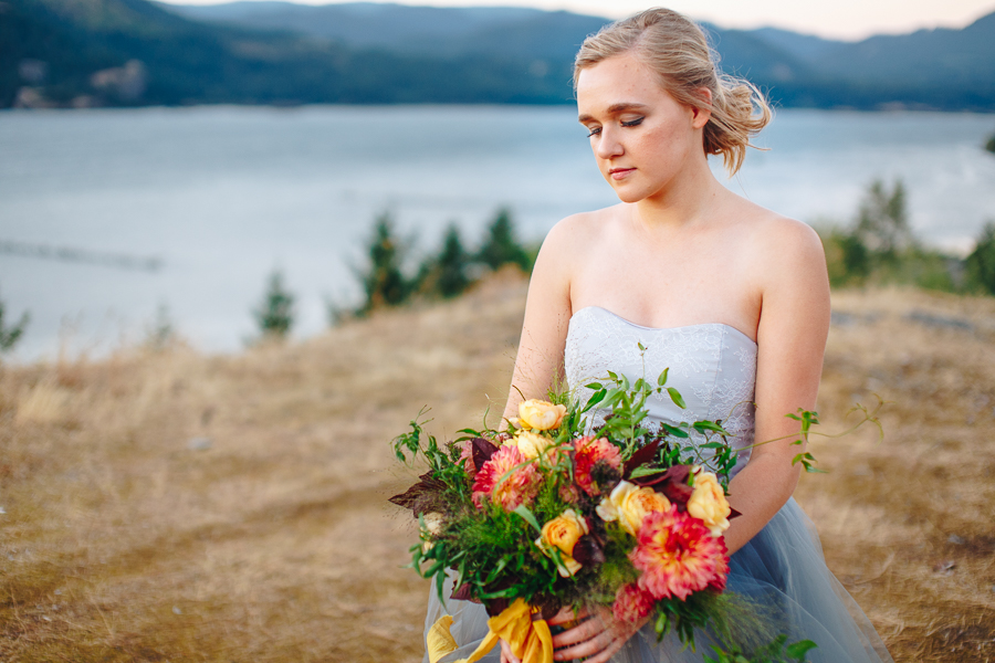 columbia-river-stylized-bridal-shoot-blog-78.jpg