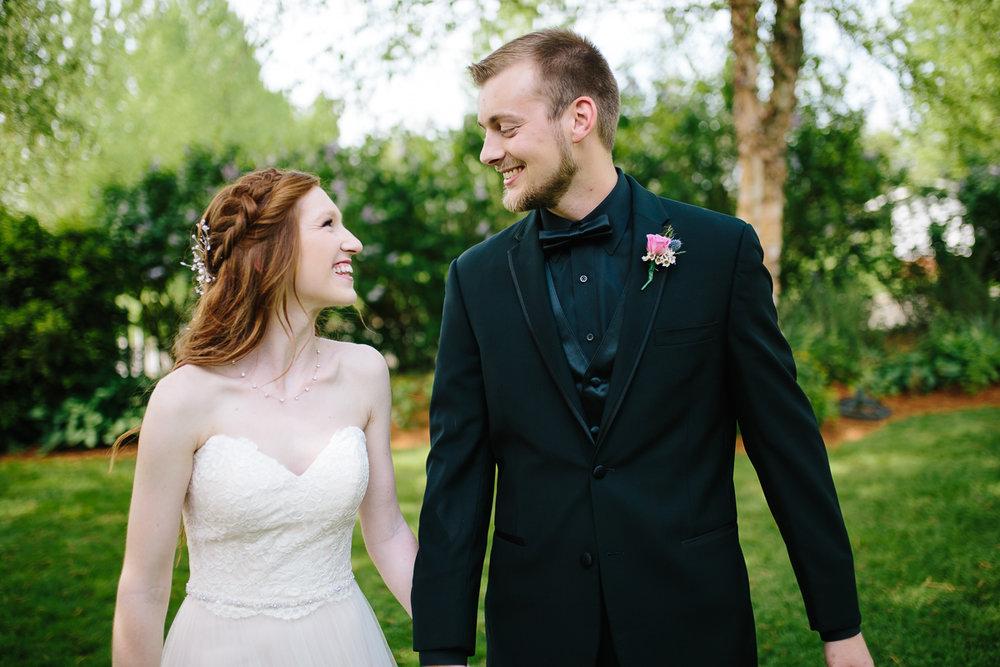 green-villa-barn-wedding-photography-6.jpg