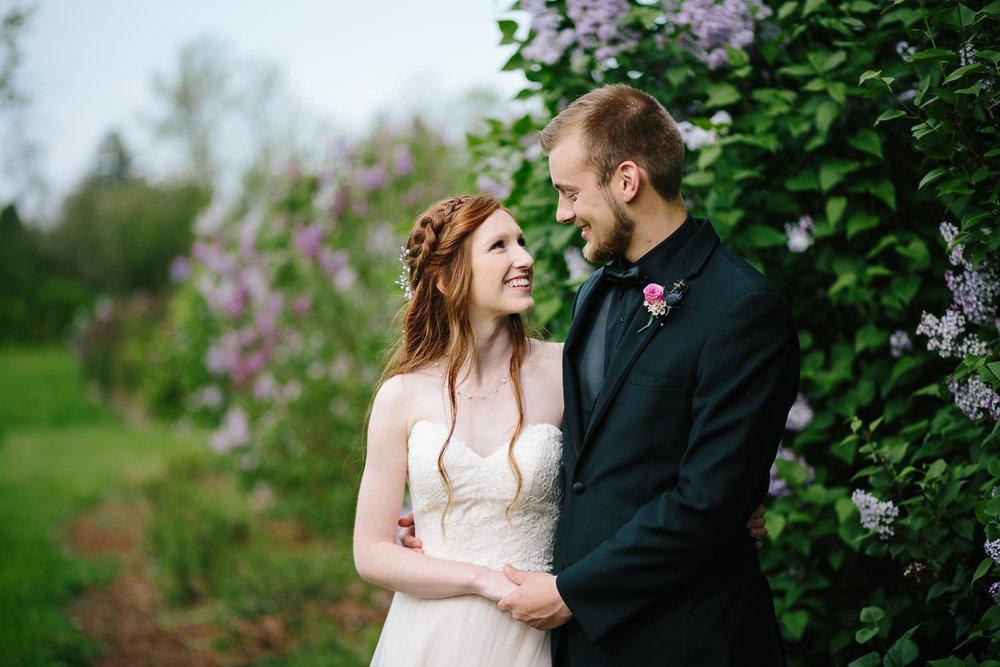 green-villa-barn-wedding-photography-16.jpg