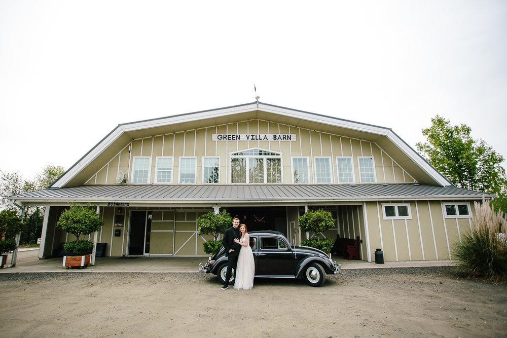 green-villa-barn-wedding-photography-18.jpg