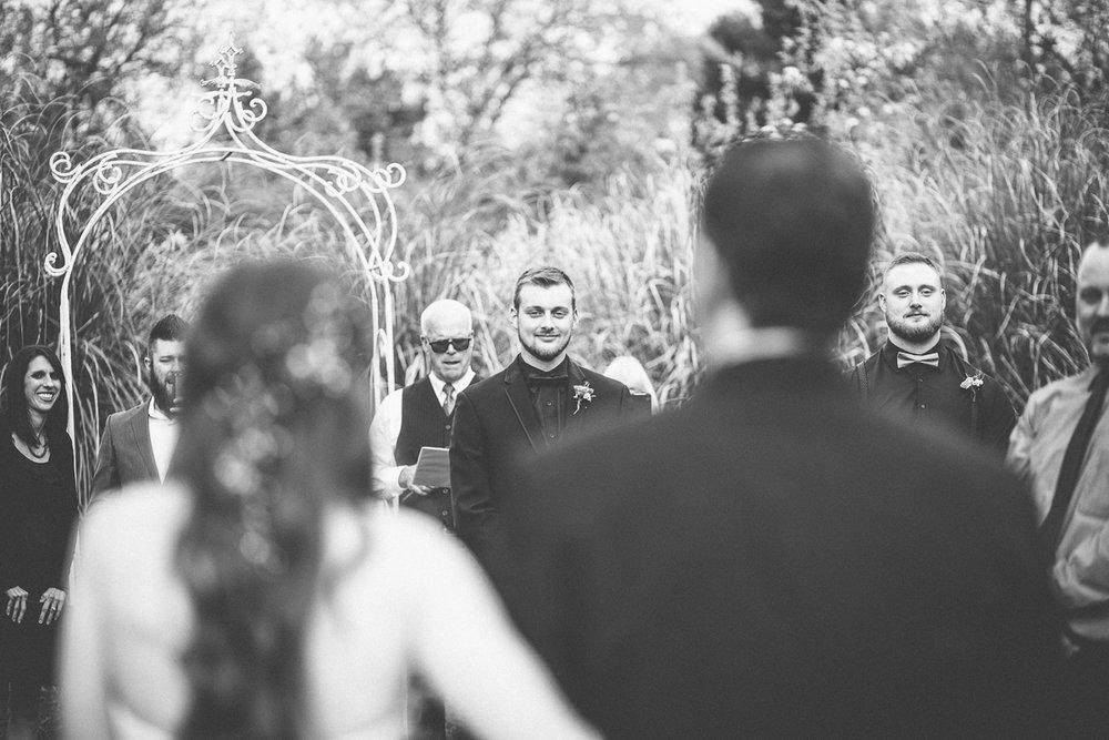 green-villa-barn-wedding-photography-21.jpg