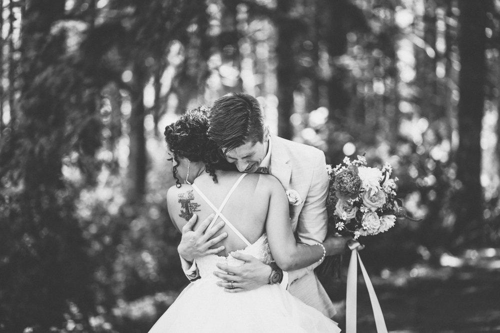 estacada-oregon-wedding-photographer-5.jpg