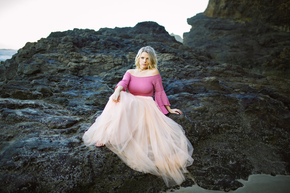 Oregon-Coast-Stylized-photoshoot-10.jpg