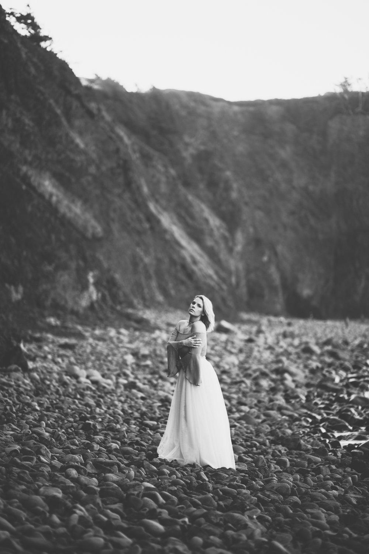 Oregon-Coast-Stylized-photoshoot-20.jpg