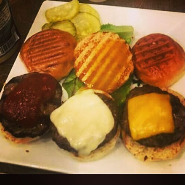 Long week? Join us for Happy Hour everyday from 4pm-7pm. 3 for $10 sliders ❤️🍔🍺🍟👍🏻✨ . . .  Get 20% off your bill, when you purchase 3 sliders, and like this pic! . . #nycfoodie #bestburgers #burger #hungryhungry #hungrygirl #upperwestside #upperwestsidenyc #happyhour #happyhournyc #happyhournycstyle #nomnom #hellskitchen #hellskitchennyc #sliders #sliders🍔 #islandburgers #islandburgersandshakes #midtownmanhattan #manhattan #lunchideas #lunchdeals