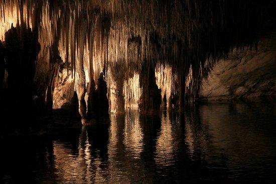 Mallorca, Spain - Subterranean lake of Dragon Cave
