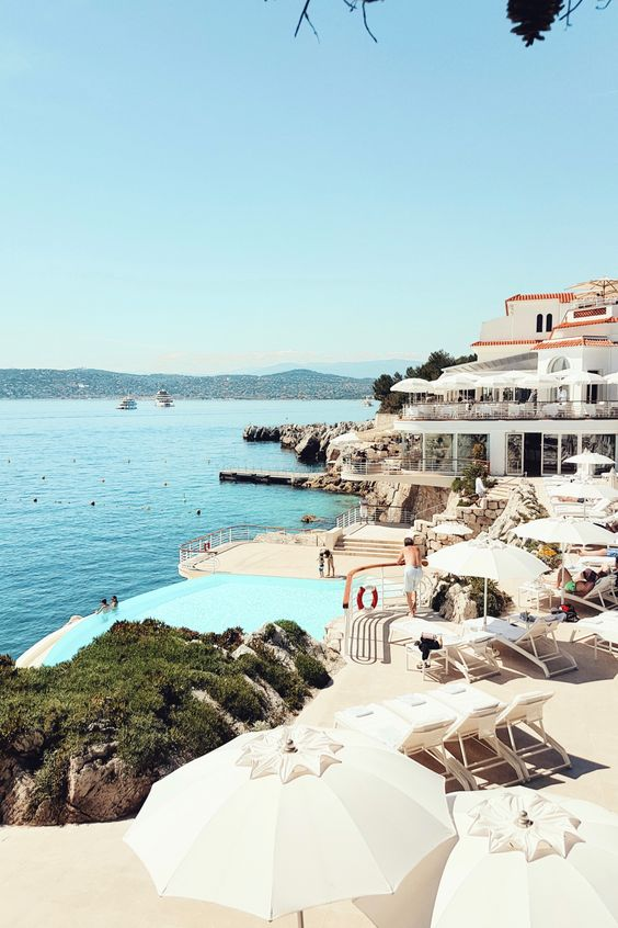 Hotel du Cap-Eden-Roc via Pinterest
