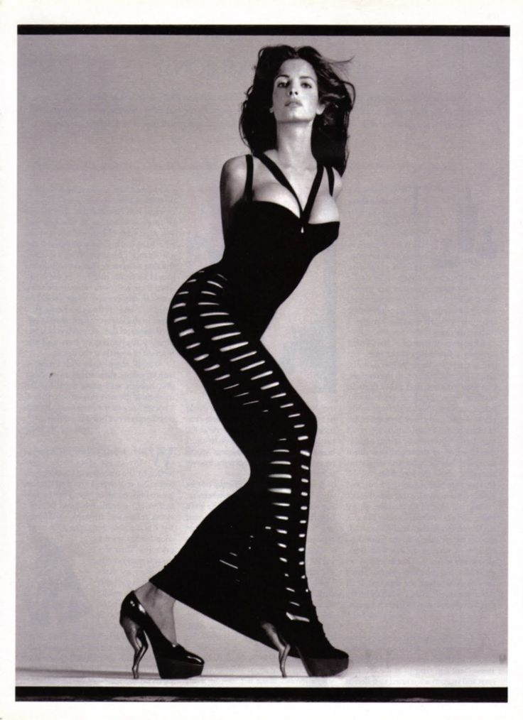 Stephanie Seymour photographed by Richard Avedon in  Azzedine Alaïa
